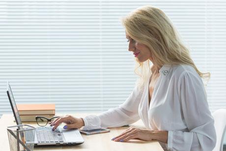 woman-telemedicine-psychiatry-2.jpg